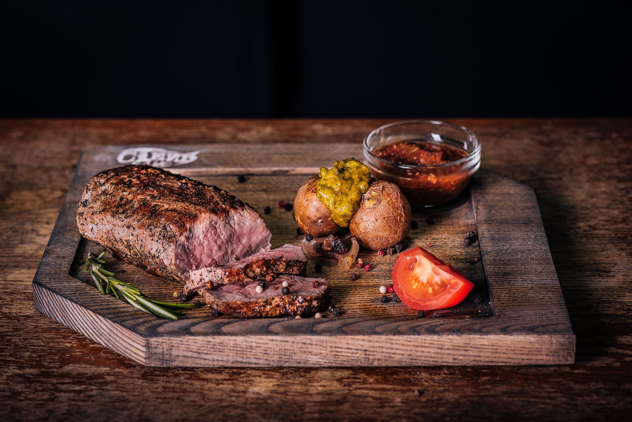 ВІДЕО🎥 Обери шмат м'яса і грай, поки готують твій стейк!