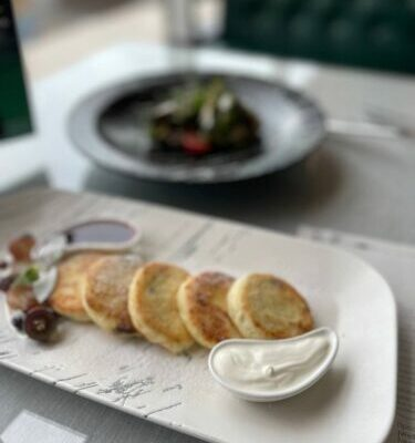 Snidanki V Restorani Lhmelnickigi Steak House (5)